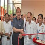 Honorable Minister of Health And Family Welfare Govt. of India Shree Ghulam Nabi Azad inaugurating the private ward block on 21 06 2013